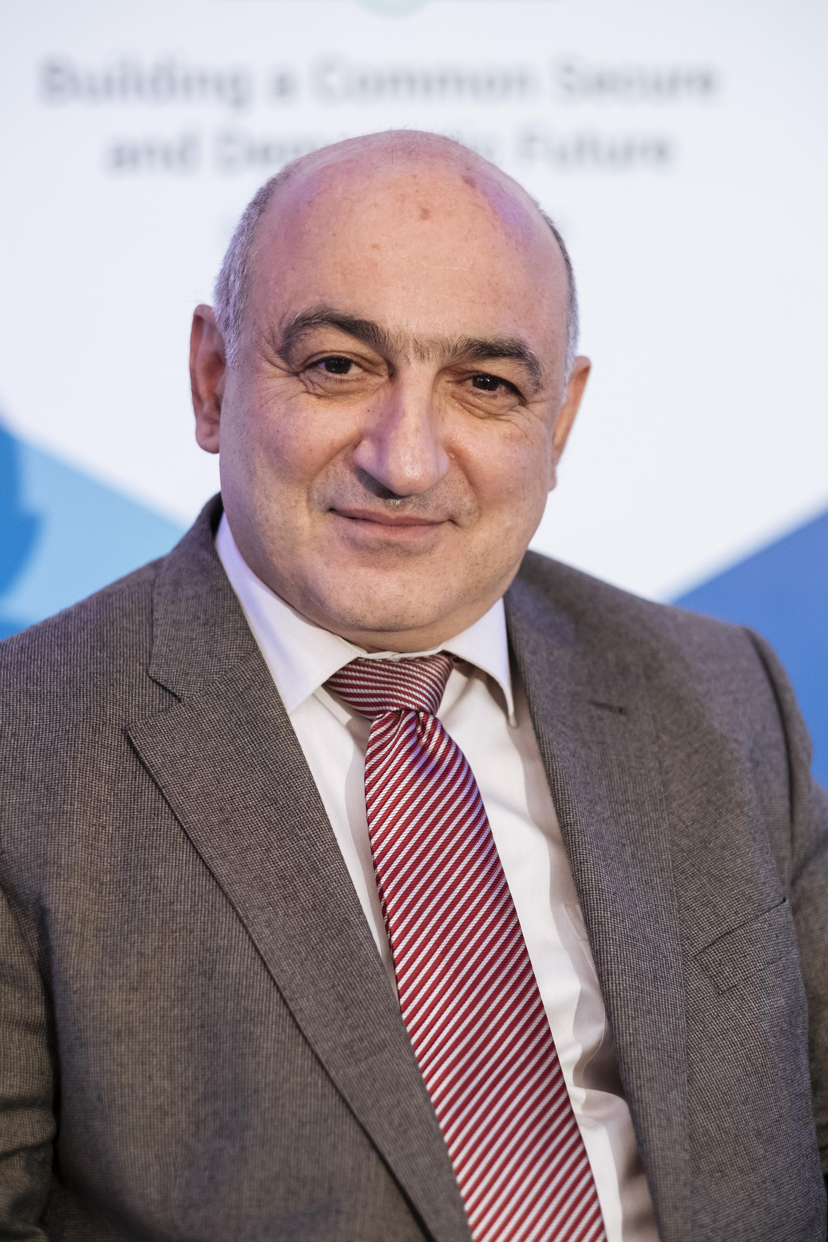 Борис Навасардян